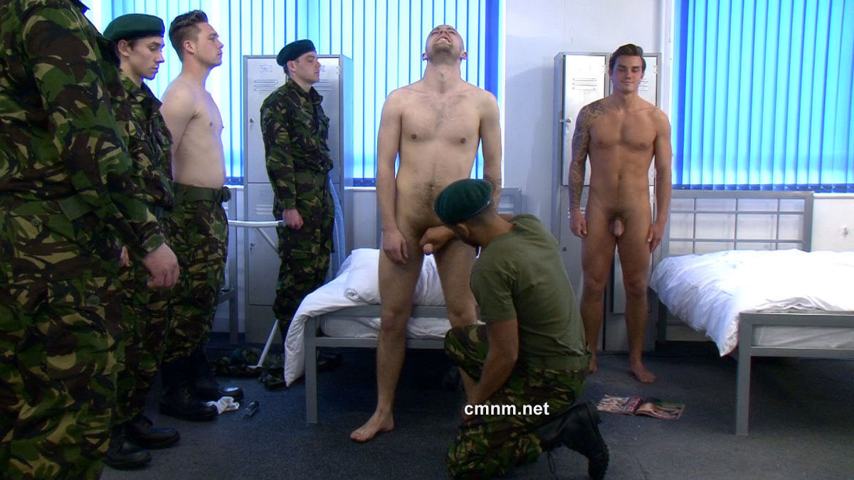 Military male medical gay porn getting down 7